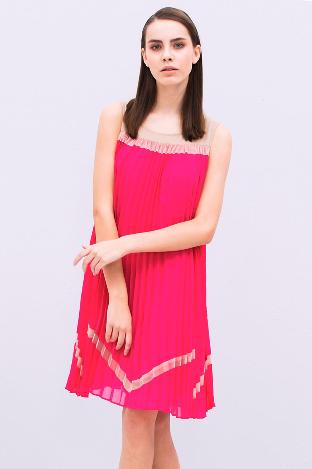 Plisowana sukienka FEMESTAGE